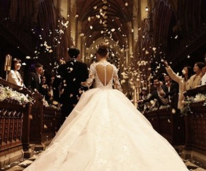 jay-chou-dream-wedding-singapore-top-bridal-gossip-monday-article-dream-wedding-boutique-london-long-train-wedding-gown-dress-copy